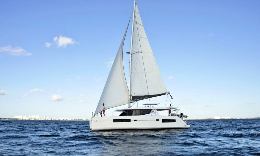 45 ft Leopard Catamaran