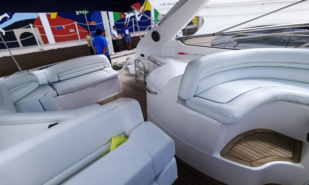 50 ft Sunseeker Power Yacht
