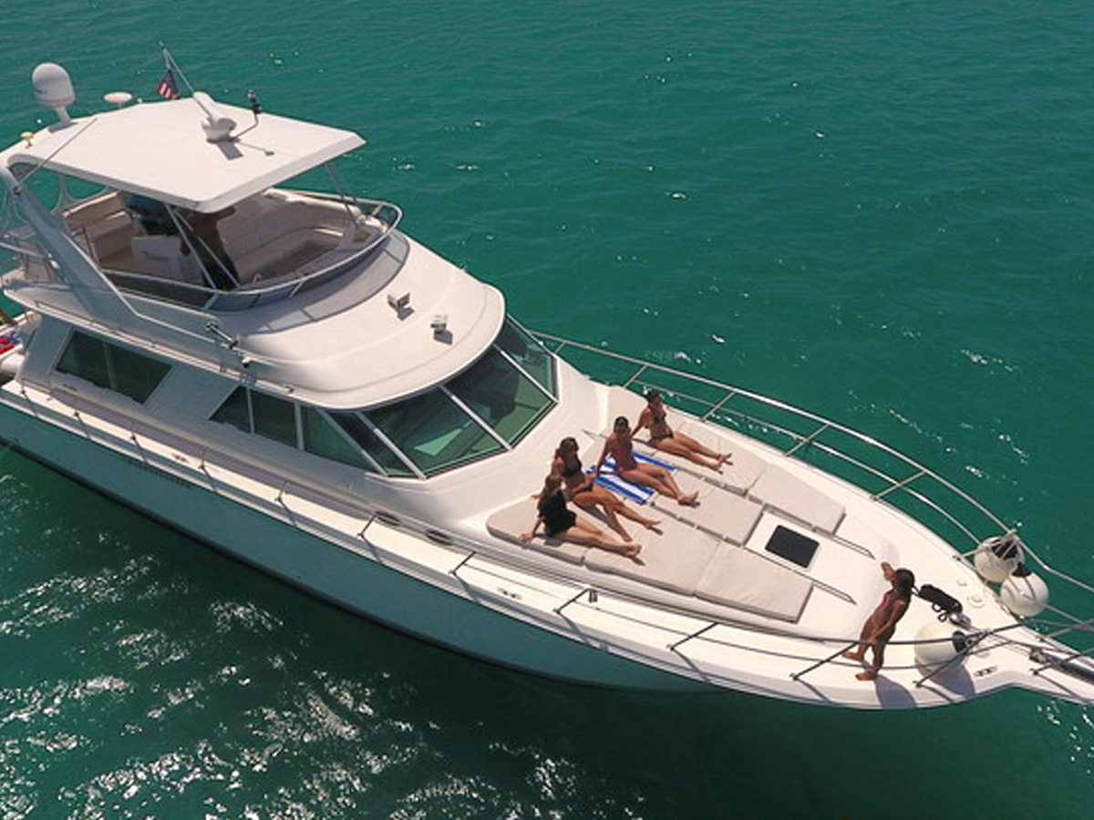 55 ft Sea Ray Yacht